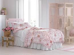 Bedding Shabby Chic by French Shabby Chic Bedroom With Floral Bedding Shabby Chic