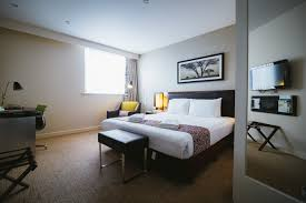 How To Set Up Small Living Room Bedrooms Holiday Inn Accommodation In Hampshire