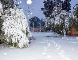 snowfall in the sahara desert town of ain sefra january 20th