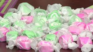 Salt Water Taffy Wedding Favor How To Make Wedding Favors U2013 Monkeysee Videos