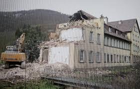 Bad Berg Stuttgart Herr Ritter Und Seine Fabrik Südwest Presse Online
