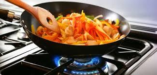 cuisine poele une poêle 2 0 pour être connecté même en cuisine cuisine ta mère
