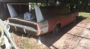 Barn Full Of Classic Cars The Barn Find Vehicle Trend Why Do Everyone Love It