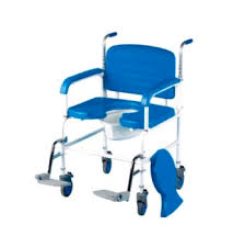 chaise perc e pliante chaise percee et a roulettes grande largeur