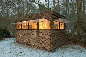 cool cabin it s just cool mobile log cabin toolmonger