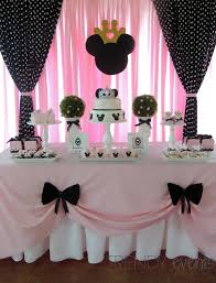 minnie mouse birthday party ideas dessert table minnie mouse