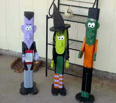 halloween pole people made of 2 x 4 wood dracula witch
