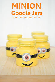 diy minion invitations minion party favors