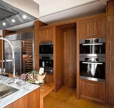 cuisine en bois massif moderne cuisine contemporaine bois et inox recherche kitchen