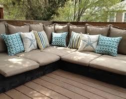 canapé de jardin en palette photo pic coussin pour salon de jardin en palette photo sur coussin
