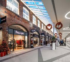 designer outlet store swindon designer outlet pod architects