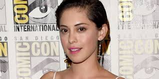 Seeking Rosa Salazar Who Is Rosa Salazar Dating Rosa Salazar Boyfriend Husband