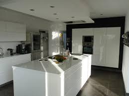 cuisine avec cuisine avec ilot central la cuisine quip e avec lot central 66