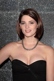 just below chin length hairstyles short upswept hairstyles this short bob is all one length and