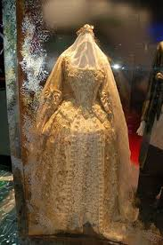 elizabeth swann gown pirates of the carribean by romanticthreads