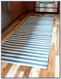 Red White Striped Rug Great Red Striped Runner Rug Red And White Striped Rug Runner Rugs