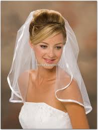 blonde hair tiara veil bridal hairstyles for short hair images