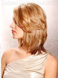 shoulder length hairstyke oval face 24 medium hairstyles for oval faces you gotta see