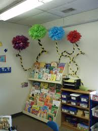 dr seuss door decorating using funny and interesting image of