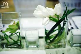 modern centerpieces white and green wedding centerpieces