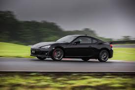 subaru sports car 2017 2017 subaru brz gets 100 price bump autoguide com news