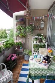 Apartment Patio Decor by Best 25 Small Balcony Garden Ideas On Pinterest Small Balconies