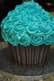 best 25 turquoise cupcakes ideas on pinterest beach party craze