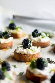 goats cheese canape recipes blackberry goat cheese crostini as a strawberry