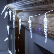 twinkling white led icicle lights 24 twinkling led icicle lights lights4fun co uk