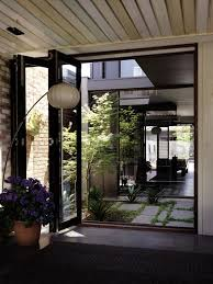 courtyard home best 25 courtyard ideas on atrium garden