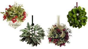 where to buy mistletoe top 5 best mistletoe balls for christmas 2017 heavy