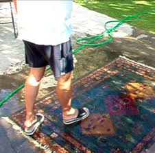 come lavare i tappeti lavare il tappeto morandi tappeti