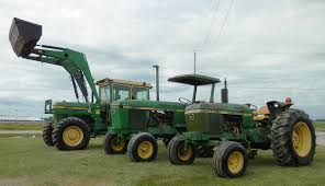 midwestauction com tractors farm equipment line cattle related