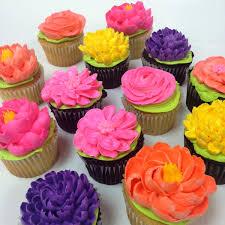 cupcake flowers cupcakes white flower cake shoppe
