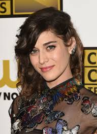 film cloverfield adalah all about entertainment and me actress of the week lizzy caplan