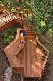 30 wooden benches that increase the welcome of your garden