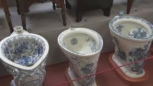 pot de chambre de la prague un musée aux pots de chambre euronews