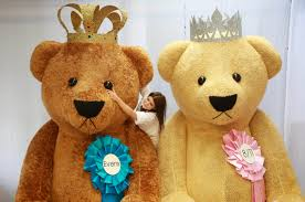 teddy delivery special delivery teddy bears fit for a king or