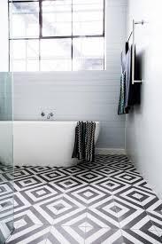 pvc boden badezimmer hausdekorationen und modernen möbeln geräumiges geräumiges pvc