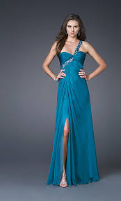 prom dresses for big bust fashion formal dresses 2011 2012 look for a dress for