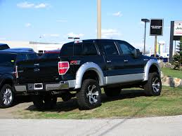 Ford F150 Trucks Lifted - increasing the height of your truck with a lift kit