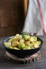 cuisiner choux de bruxelles frais cuisiner choux de bruxelles frais ohhkitchen com