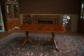 Duncan Phyfe Dining Room Table And Chairs Pedestal Dining Table With Leaves Duncan Phyfe Table