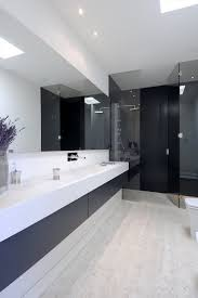 bathroom decor idea 45 stylish and laconic minimalist bathroom d礬cor ideas digsdigs