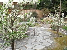 Backyard Flagstone Flagstone With Gravel Houzz