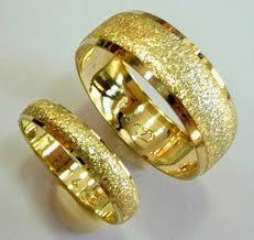 gold wedding rings yellow gold wedding ring sets his and hers design