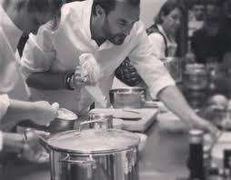 cuisine attitude cyril lignac cyril lignac dévoile sa recette de galette des rois livealike