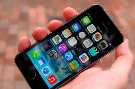 ios 7 helpful tips and hidden tricks updated digital trends iphone 5s hands on home angle