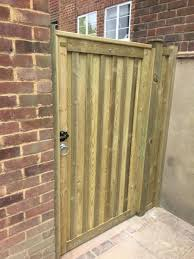 jacksons and red cedar fencing garden fencing london