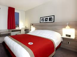 chambre kyriad novotel versailles château yvelines tourisme